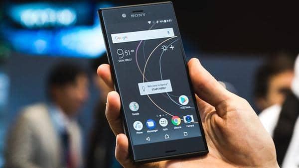 HP Sony terbaik Sony Xperia XZs